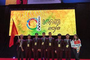 Việt Nam đoạt huy chương Vàng Olympic Toán quốc tế 2018