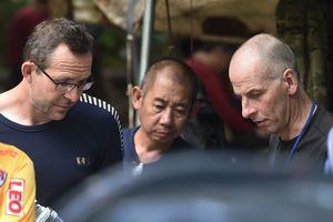 Thợ lặn Anh tìm ra đội bóng Thái: chúng tôi không phải anh hùng