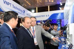 Chính thức khai mạc Diễn đàn cấp cao và Triển lãm quốc tế về Công nghiệp 4.0
