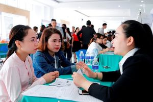 2.372 vị trí việc làm cho SV ĐH Đông Á ngay trước lễ tốt nghiệp