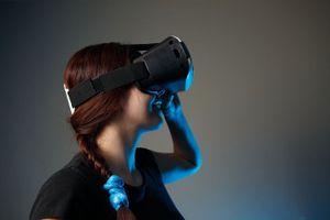 Bạn mắc chứng sợ độ cao? VR sẽ là 'người hùng' giải cứu bạn