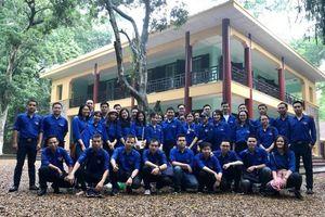 Đoàn thanh niên Bộ về nguồn tại Khu di tích K9 – Đá Chông
