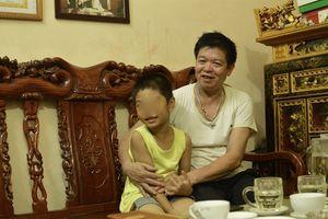 Vụ nhầm con ở Ba Vì: Gia đình anh Sơn chưa bao giờ kiện bệnh viện