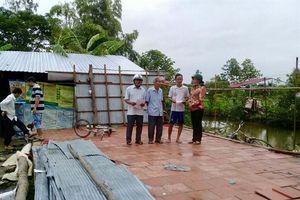 Cần Thơ: Mưa dông, lốc xoáy làm sập, tốc mái nhà dân vùng nông thôn
