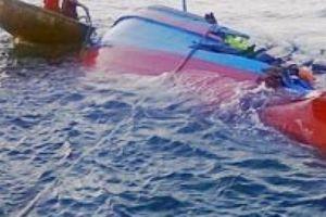 Quảng Ninh: Huy động tìm người mất tích do chìm tàu ở Cô Tô