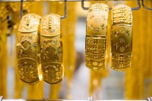 Giá vàng hôm nay 16.7: Chiến tranh thương mại bớt căng thẳng, vàng vẫn giảm sâu