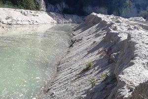 Bình Định: Khó xử lý 'cát tặc' do bất lực hay làm ngơ?