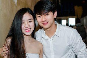 Vợ sắp cưới của Hoài Lâm tiết lộ quá khứ yêu bất chấp