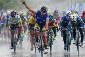 Chặng 5 giải xe đạp nữ toàn quốc mở rộng tranh cúp truyền hình An Giang lần 19-2018: Nỗ lực không thành của 3 tay đua