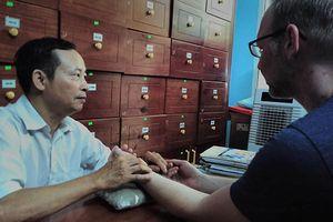Lương y Nguyễn Đức Hai và bài thuốc cứu sống cha cùng nhiều bệnh nhân ung thư
