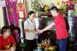 Vĩnh Phúc: Trao quà cho gia đình bà Nguyễn Thị Bảy có 3 con bị tâm thần