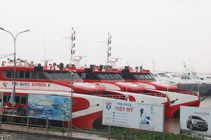 Tất cả tàu cao tốc tạm ngưng hoạt động do ảnh hưởng bão số 3