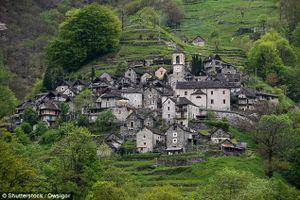 Làng nhỏ nhất Thụy Sĩ thành tổ hợp khách sạn để hút du khách