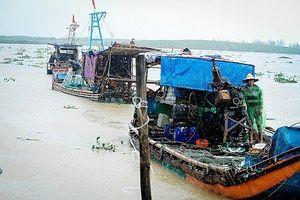 Hà Tĩnh: Phát lệnh sơ tán dân trước giờ bão Sơn Tinh đổ bộ