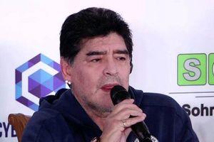 Maradona xấu hổ vì Argentina chơi tồi tại World Cup