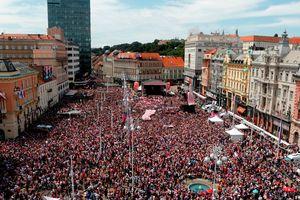 Thủ đô của Croatia tưng bừng chào đón những người hùng World Cup