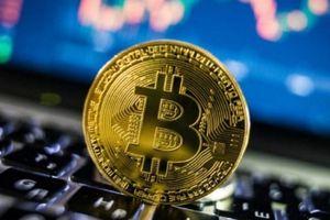 Giá bitcoin hôm nay 18/7: Bitcoin bật tăng thêm 12% lên mức 7.421 USD