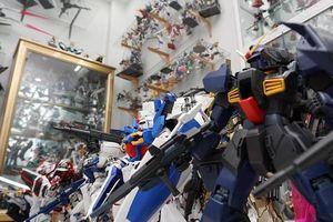 Chàng trai Sài Gòn chi hàng trăm triệu đồng sưu tập robot