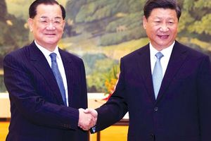 Đài Loan đứng trước áp lực vừa cứng vừa mềm từ Bắc Kinh