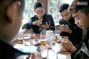 Người Việt nghiện smartphone