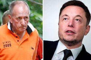 Tỉ phú Elon Musk công khai xin lỗi thợ lặn cứu đội bóng Thái Lan