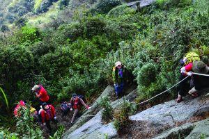 Du lịch mạo hiểm và khám phá hang động tại Việt Nam liệu có an toàn?