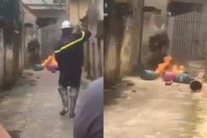 Con rể đốt gas trước cổng nhà bố vợ, hàng xóm náo loạn
