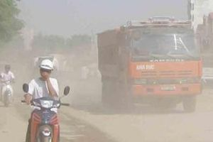 Hà Nội: Có những văn bản nào khắc phục tình trạng xe tải chở vật liệu gây ô nhiễm?