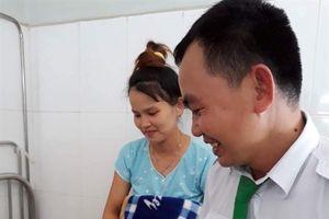 Thưởng nóng tài xế đỡ đẻ giúp sản phụ trên xe taxi