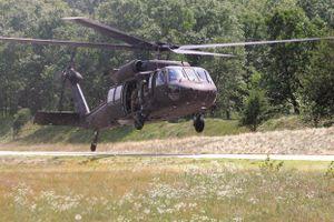 Màn hạ cánh thảm họa của trực thăng 'Diều hâu đen' khiến 22 binh sỹ bị thương
