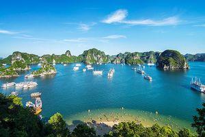 Băn khoăn xung quanh việc tăng phí tham quan vịnh Hạ Long
