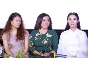 Vợ ca sĩ Việt Hoàn bị cháy xém người khi quay MV 'Cúc ơi' cho NSƯT Tố Nga