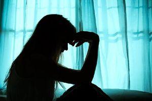Ấn Độ: Nữ sinh bị nhóm 10 người cưỡng hiếp đến bất tỉnh