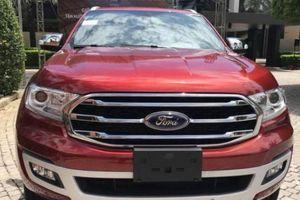 Ford Everest 2018 xuất hiện tại Việt Nam, giá rẻ hơn trước