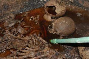 Hơn 4.000 người đòi uống nước trong quan tài chứa xác ướp Ai Cập 2.000 năm