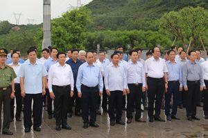 Thủ tướng Nguyễn Xuân Phúc thăm và làm việc tại Hà Tĩnh