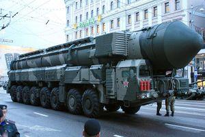 So sánh tương quan sức mạnh vũ khí hạt nhân Mỹ và Nga đang sở hữu