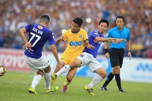 Vòng 20 V-League: Ngược dòng hạ FLC Thanh Hóa, Hà Nội FC đặt một chân lên ngôi Vương