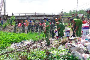 Hơn 200 đoàn viên thanh niên tham gia Chiến dịch tình nguyện Hành quân xanh năm 2018 