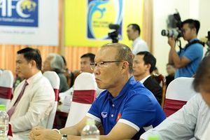 Tuyển Việt Nam và U23 Việt Nam được 'tiếp sức' trước giải đấu lớn