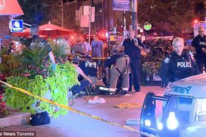 Xả súng dữ dội trên đường phố Canada, nhiều người nhập viện