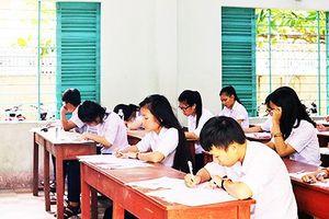 Gần 500 học sinh được tuyển thêm vào trường công lập tại Khánh Hòa