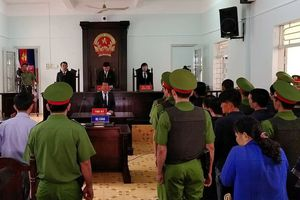Tuyên phạt 27 năm tù giam đối với các đối tượng gây rối trật tự công cộng tại Bình Thuận