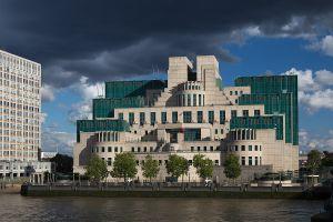 Tranh cãi ở Anh: Sử dụng trẻ em làm mật vụ ngầm