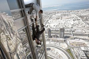 Trích đoạn Burj Khalifa ở 'Nhiệm vụ bất khả thi - Chiến dịch bóng ma'