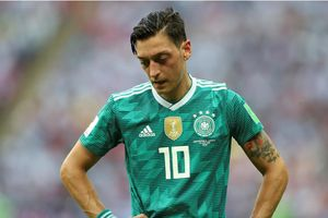 Thể thao 24h: Mesut Ozil bất ngờ giã từ ĐT Đức