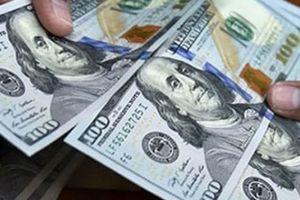 Giá USD 'phá mốc' 23.300 đồng/USD, VND có thể mất giá 2 – 3%