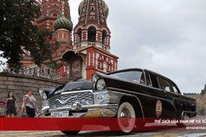 Mê hoặc dàn xe cổ Liên Xô khoe mình trên Quảng trường Đỏ