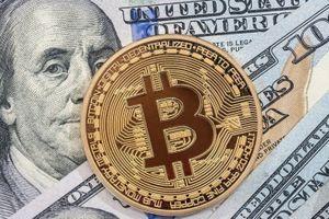 Giá Bitcoin hôm nay 24/7: Kỳ vọng ngưỡng 8.000 USD