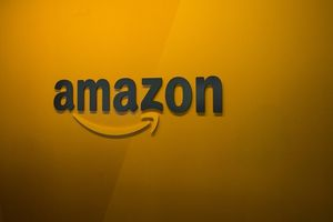 Apple và Amazon trong cuộc đua đạt mốc vốn hóa 1.000 tỷ USD